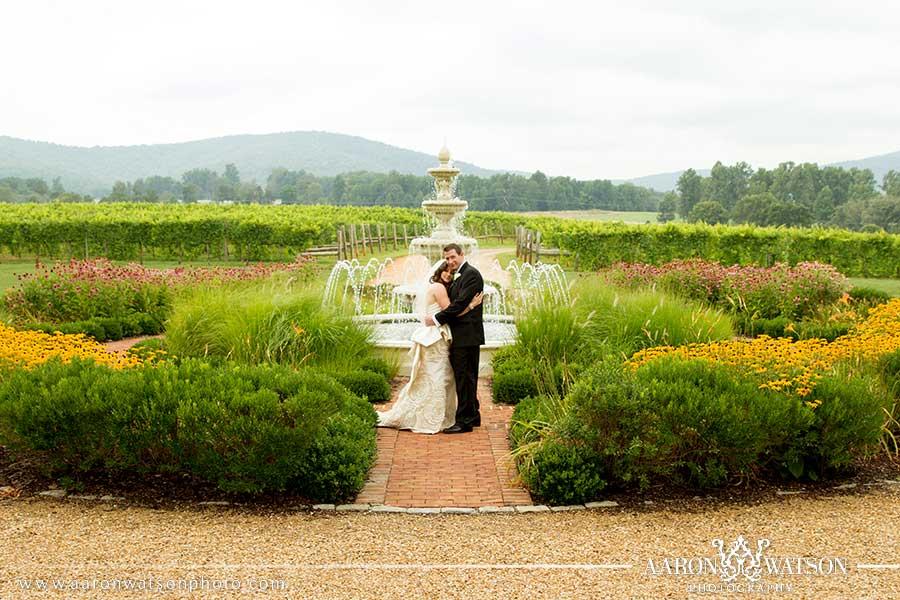 keswick vineyards couple